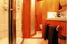 LADY LUCK -  Master ensuite