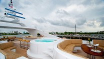LADY M -  Sundeck Spa Pool and Seating
