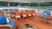 LAUREL - Upper Aft Deck Dining