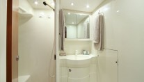LUPA OF LONDON Master Bathroom