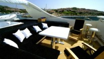 Lady Natinia Sundeck Lounge