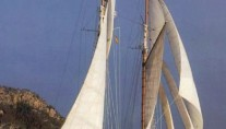 Lady Thuraya -  Sailing