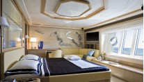 Luxurious cabins aboard Ferretti 881 RPH superyacht