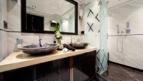 Luxury Charter Yacht MANIFIQ Luxury ensuite Interior by Luca Dini Design