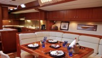 Luxury charter yacht Aspiration - Dining