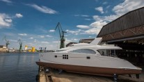 Luxury motor yacht CLOUD by Sunreef Yachts