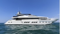 Luxury motor yacht Dreamline 34m by DL Yachts