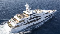 Luxury motor yacht Illusion V from above