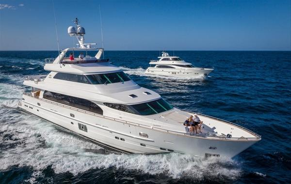 Luxury Motor Yacht P105 By Horizon At Full Speed