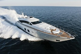 Luxury motor yacht Pershing 108.JPG