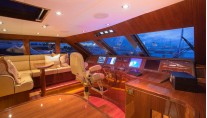 Luxury yacht Carbon Copy - Wheelhouse - Photo by Quin Bisset