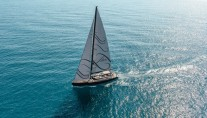 Luxury yacht Gigreca under sail