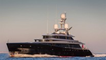 Luxury yacht KISS underway