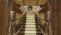 Luxury yacht La Sultana - Staircase