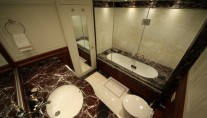 Luxury yacht M&M - Bathroom
