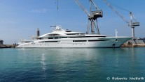 Luxury yacht Maryah - side view - Photo by Roberto Malfatti