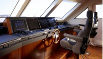 Luxury yacht My Way Wheelhouse-001