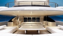 Luxury yacht OPari3 - Main Deck
