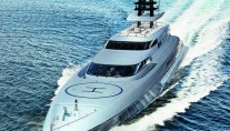 Luxury yacht SILVER FAST - front view