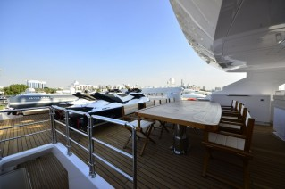 Luxury yacht Sehamia - flybridge seating area