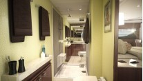 Luxury yacht Viking 92 Convertible - Bathroom