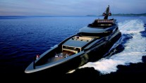 Luxury-motor-yacht-M60-front-view