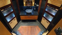 Luxury-motor-yacht-Majesty-121-Bathroom