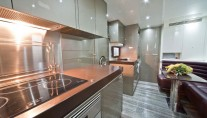 Luxury-yacht-Cerri-102-hull 1 - Galley
