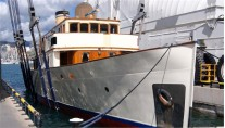 Luxury-yacht-Fair-Lady-refitted-by-Pendennis-Palma