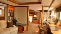 MAJOR WAGER - Master Stateroom Office