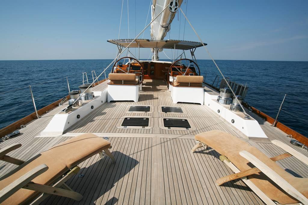 De Cesari Image Gallery – Luxury Yacht Browser | by ...