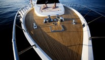 MATES - Fun on the Foredeck