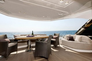 MCY 76 Yacht - Exterior