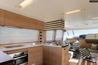 MCY 76 Yacht - Galley