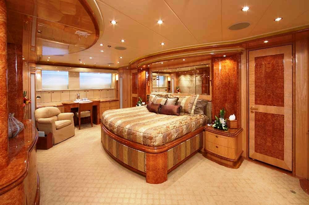 MISS ROSE - Main Deck Master Cabin