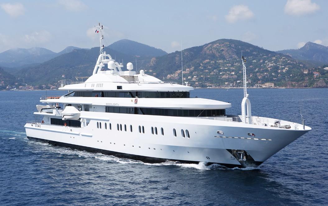 moonlight ii yacht charter details superyacht charter charterworld luxury superyachts. Black Bedroom Furniture Sets. Home Design Ideas