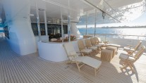 MY ALLEGRIA - Upper aft deck