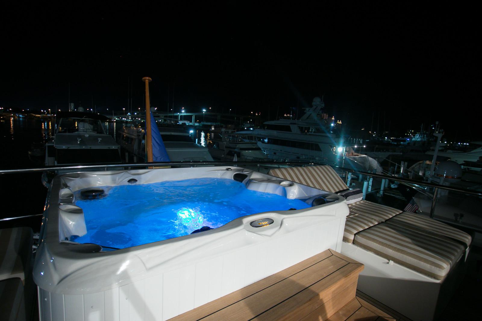 BEACHFRONT Yacht Charter Details, Hargrave | CHARTERWORLD Luxury ...