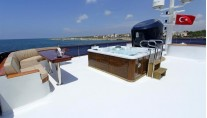 MY DONNA DEL MARE - Sundeck and Jacuzzi
