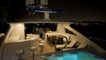 MY Destination Fox Harbr Too - Flybridge and Spa Pool