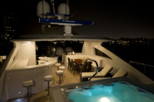 MY Destination Fox Harbr Too - Flybridge and Jacuzzi