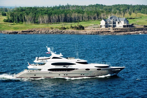 M/Y�Destination Fox Harb'r