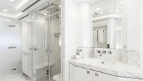 MY Destiny_owner's cabin bath Interior design Luxury Projects - Laura Pomponi