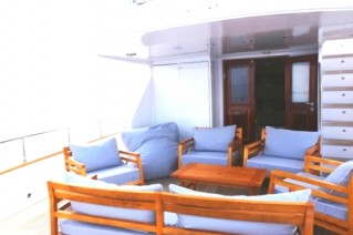 MY HAPPY DAY - Aft deck