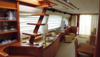 MY LADY - Salon looking aft