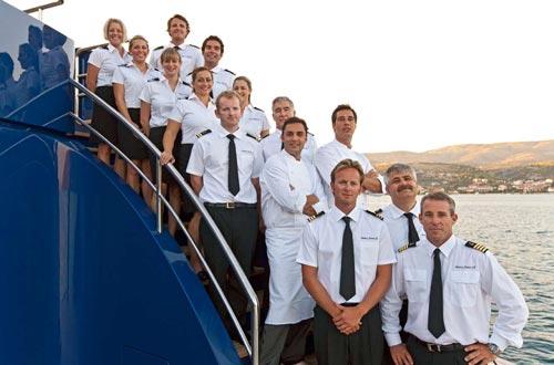 crew kapal pesiar