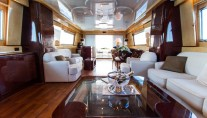 MY MISS CANDY - Salon looking aft