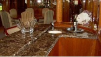 MY PERFECT HARMONY - Marble wet bar