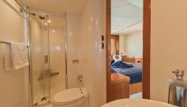 MY ROYAL ORCHID - Master ensuite