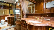 MY SEA VENTURE - Master ensuite